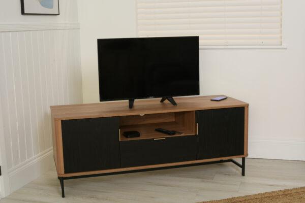 Scandi Smart TV Unit